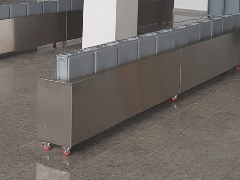 Return Tray System Airports Industries Citconveyors